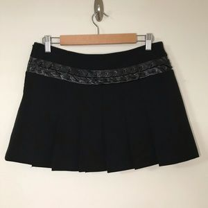 BCBG maxazria pleated skirts , size 8